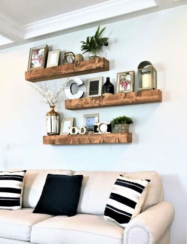 Family-Room-Shelf-Decor