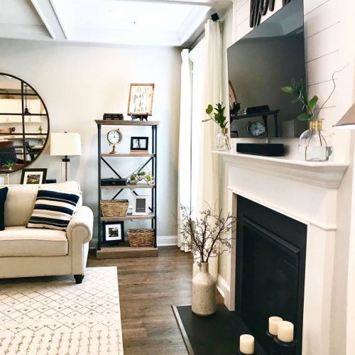 Family-Room-Styling
